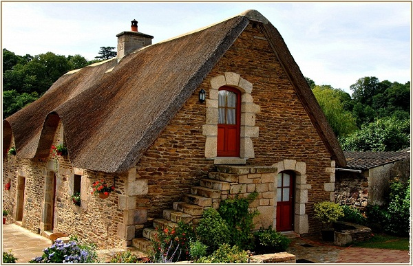 I bretoni se vanta de discender dai veneti e noialtri for Maison atypique bretagne